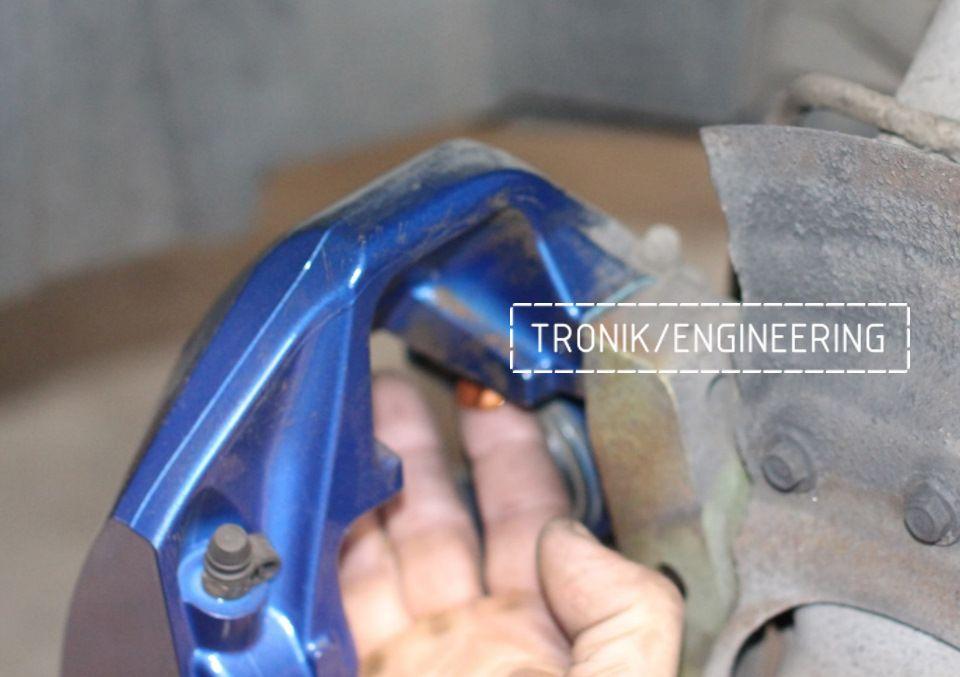 Замена тормозных колодок в многопоршневых суппортах Brembo. Фотография 14
