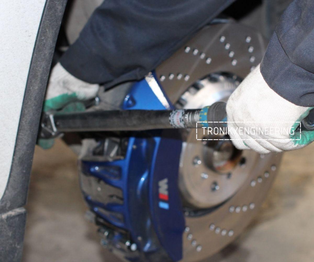 Замена тормозных колодок в многопоршневых суппортах Brembo. Фотография 18