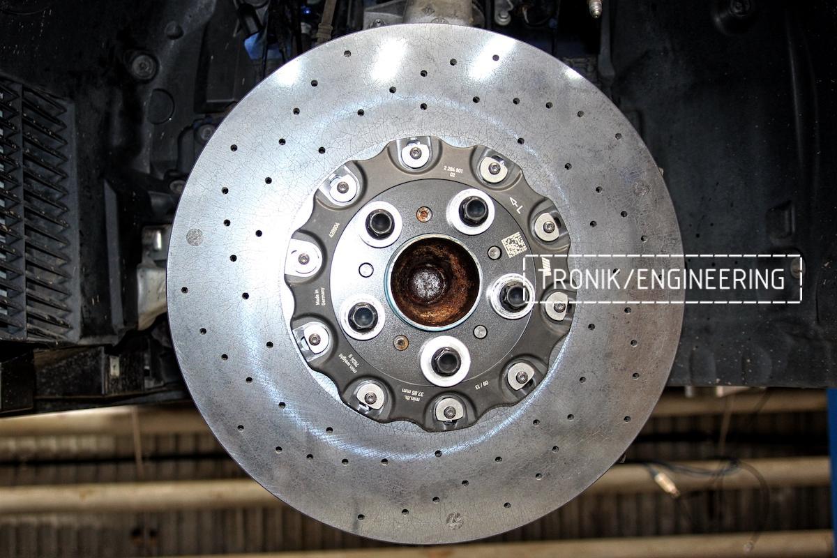 Передний керамический тормозной диск BMW M6 F06. Фото 2
