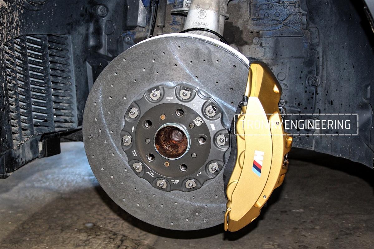 Передняя карбон-укерамическая тормозная система BMW M6 F06
