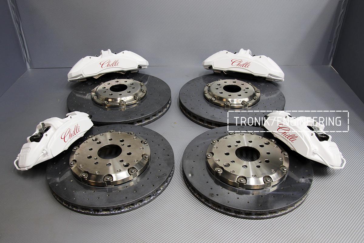 Комплект карбон-керамической тормозной системы Nissan GT-R. Фотография 3