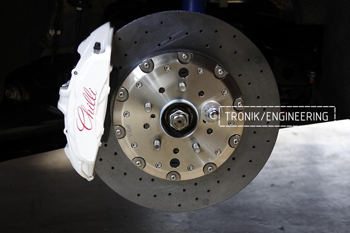 Комплект карбон-керамической тормозной системы Nissan GT-R. Фотография 11
