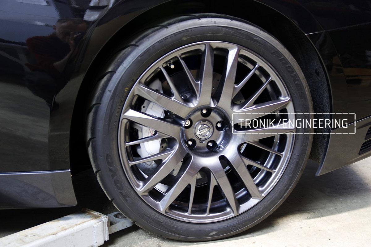 Комплект карбон-керамической тормозной системы Nissan GT-R. Фотография 18