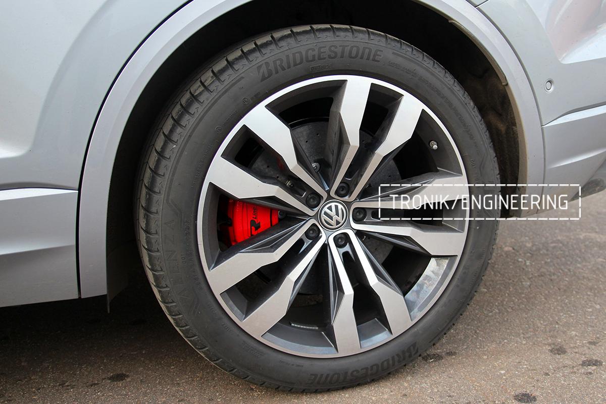 Комплект карбон-керамической тормозной системы VW Touareg. Фотография 21