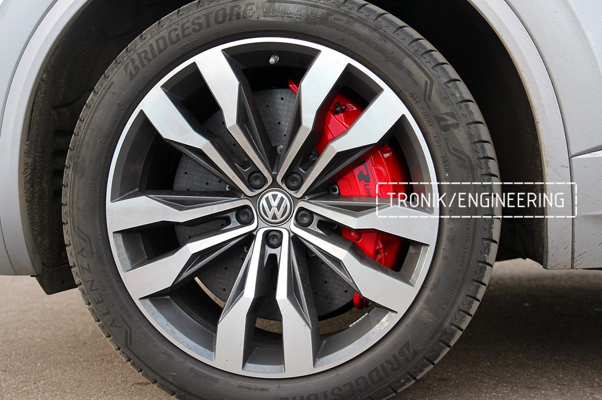 Комплект карбон-керамической тормозной системы VW Touareg. Фотография 22