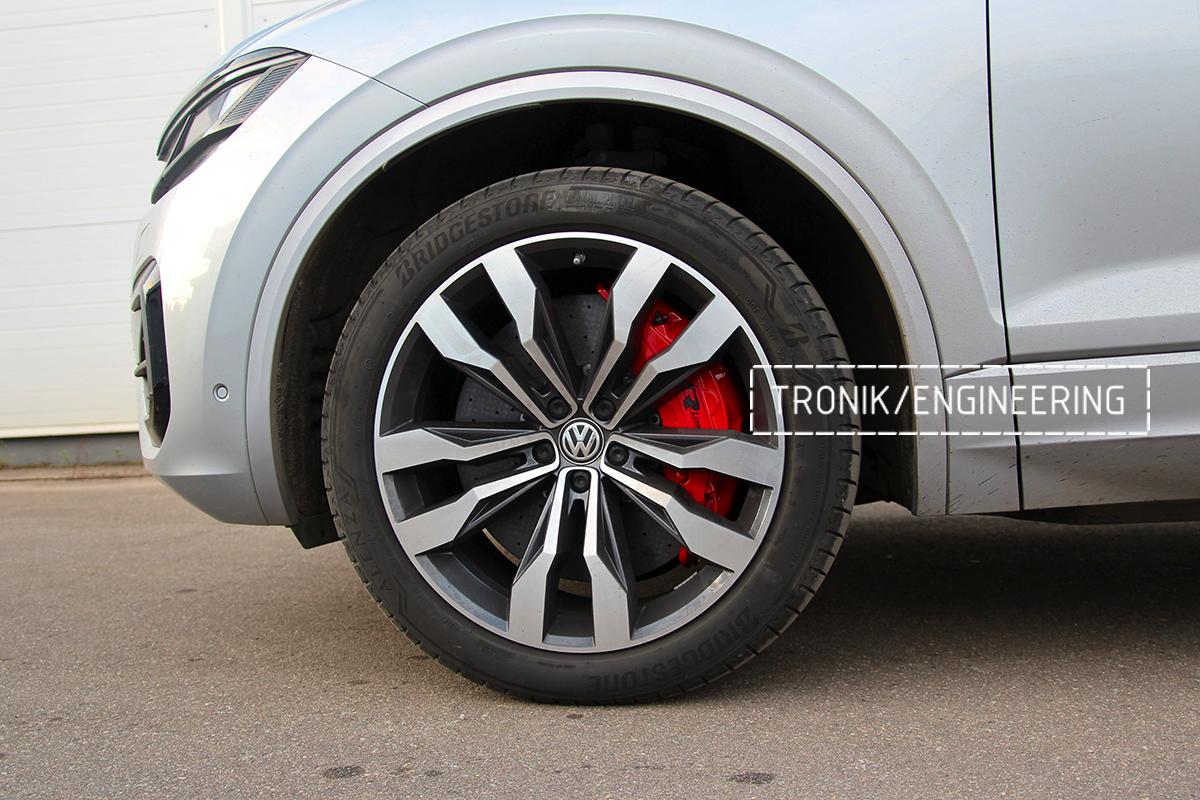 Комплект карбон-керамической тормозной системы VW Touareg. Фотография 24