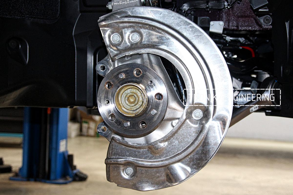 Комплект карбон-керамической тормозной системы BMW X6 F96. Фотография 29