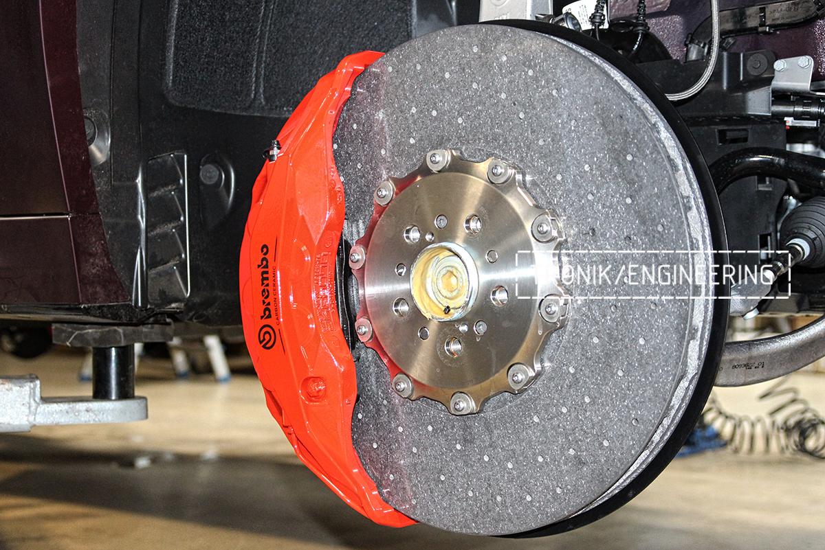 Комплект карбон-керамической тормозной системы BMW X6 F96. Фотография 12
