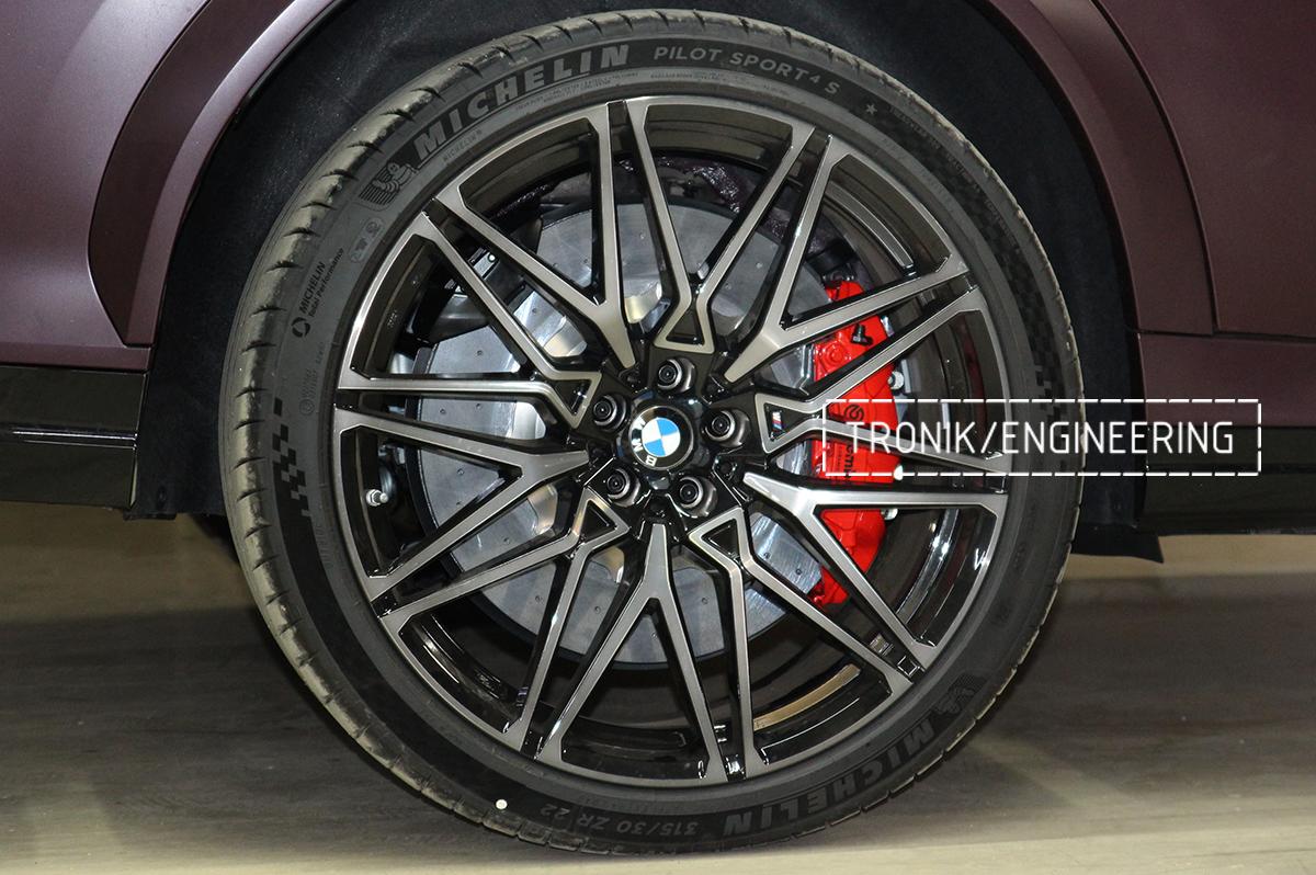 Комплект карбон-керамической тормозной системы BMW X6 F96. Фотография 9