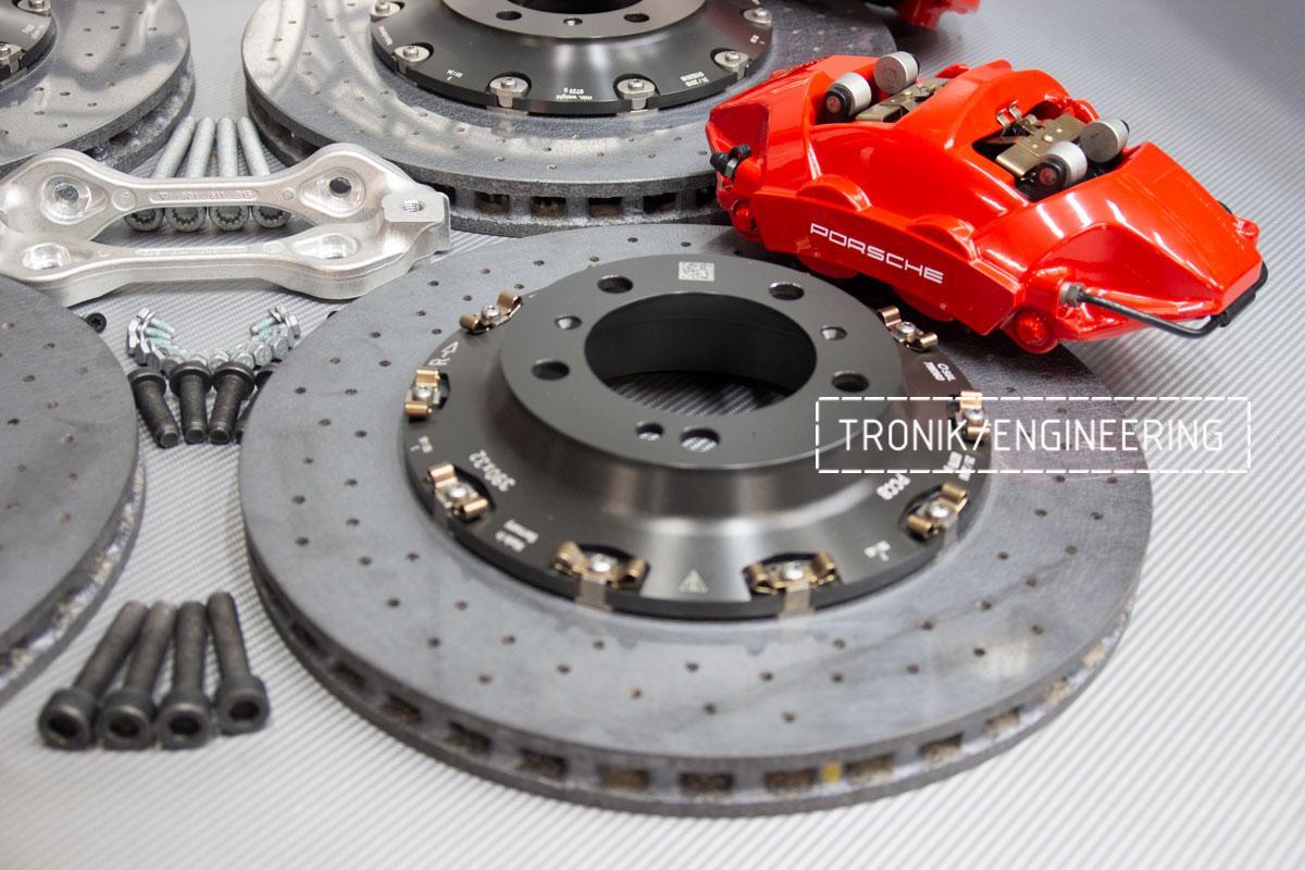 Карбон-керамическая тормозная система Porsche 992 Carrera. Фотография 9
