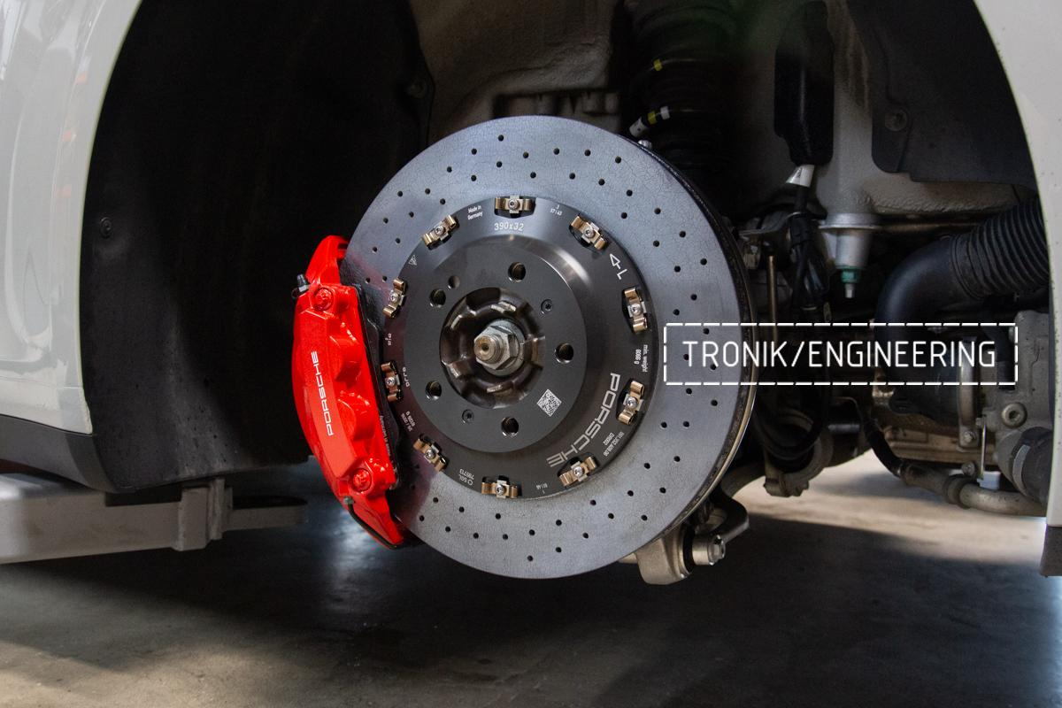 Карбон-керамическая тормозная система Porsche 992 Carrera. Фотография 17