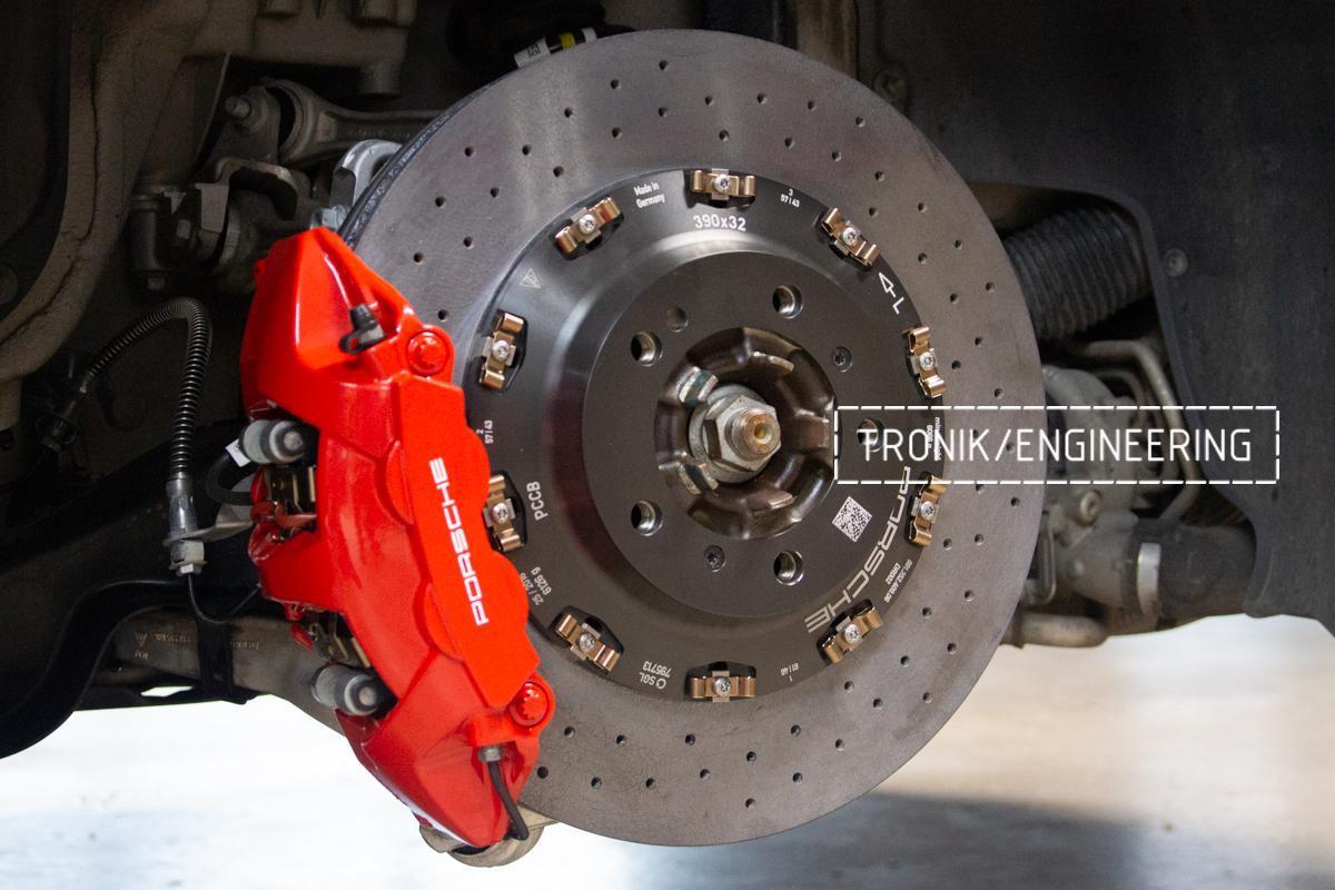 Карбон-керамическая тормозная система Porsche 992 Carrera. Фотография 18