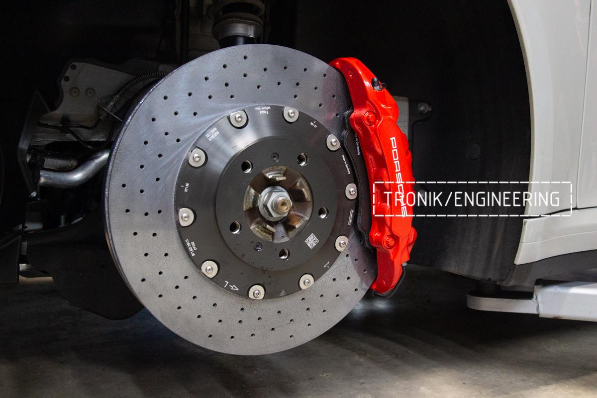 Карбон-керамическая тормозная система Porsche 992 Carrera. Фотография 15