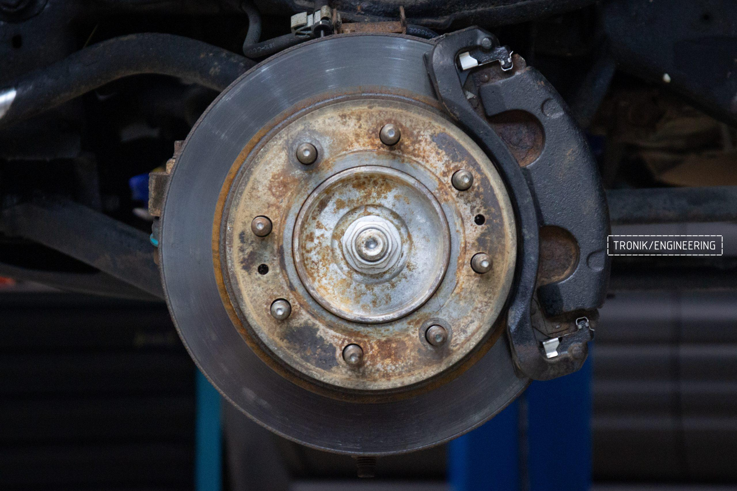 Тормозная система Hummer H2. Фотография 1