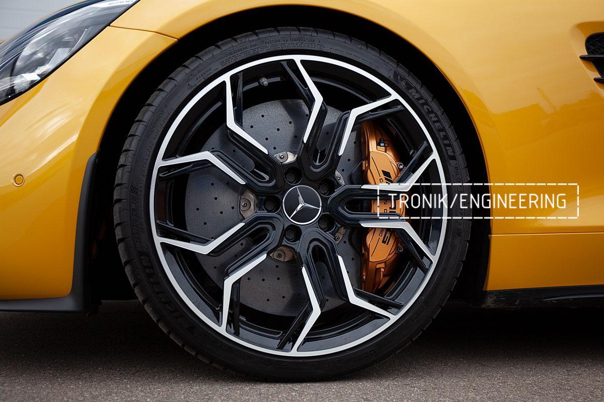 Карбон-керамическая тормозная система Mercedes-Benz AMG GT. Фотография 14