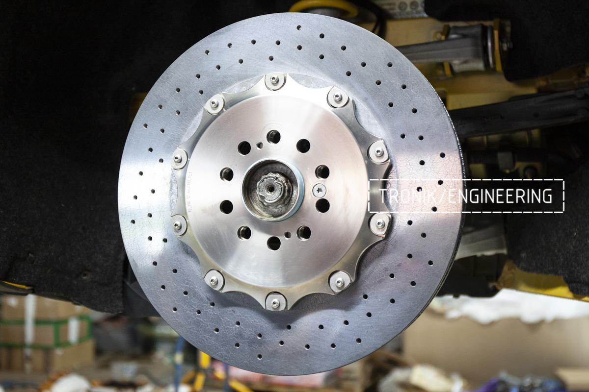 Карбон-керамическая тормозная система Mercedes-Benz AMG GT. Фотография 5
