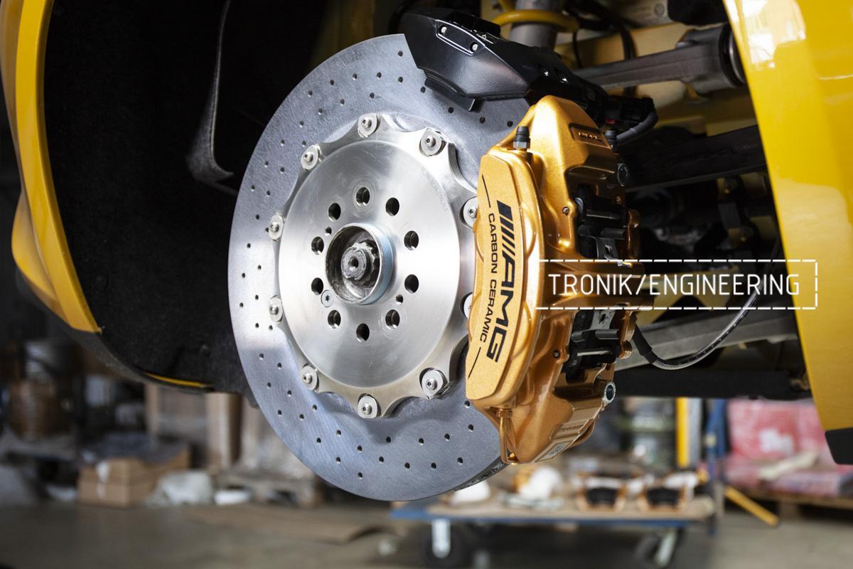 Карбон-керамическая тормозная система Mercedes-Benz AMG GT. Фотография 9