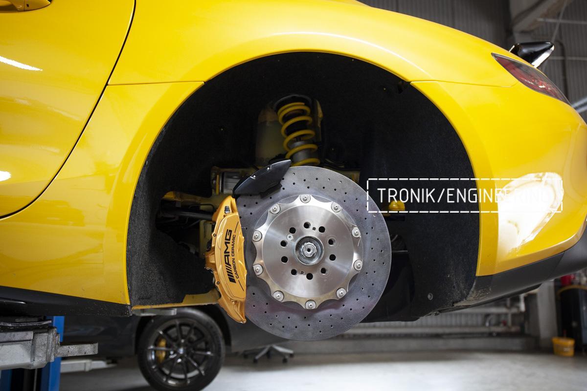 Карбон-керамическая тормозная система Mercedes-Benz AMG GT. Фотография 13