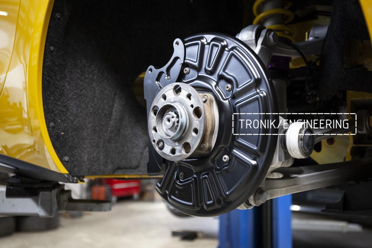 Карбон-керамическая тормозная система Mercedes-Benz AMG GT. Фотография 3