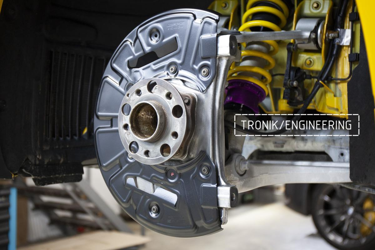 Карбон-керамическая тормозная система Mercedes-Benz AMG GT. Фотография 4