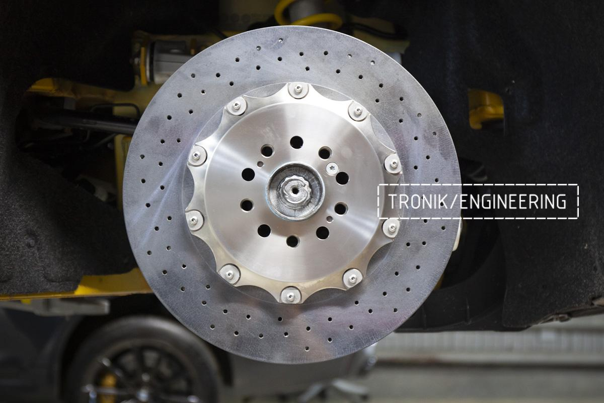 Карбон-керамическая тормозная система Mercedes-Benz AMG GT. Фотография 6