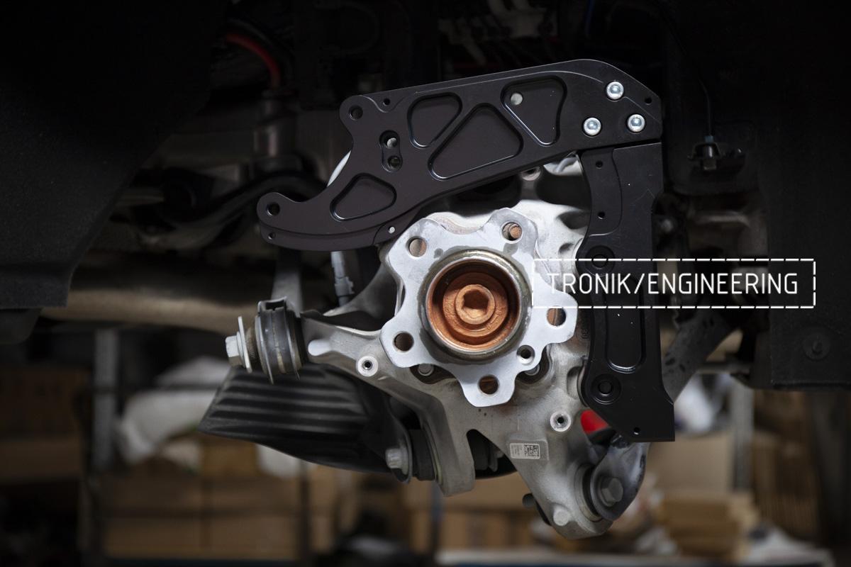 Карбон-керамическая тормозная система BMW G12. Фотография 16