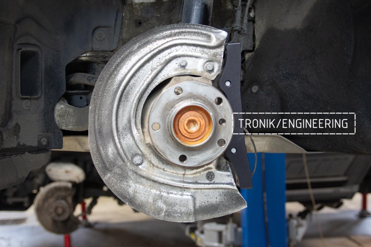 Комплект карбон-керамической тормозной системы BMW 240i F22. Фотография 3
