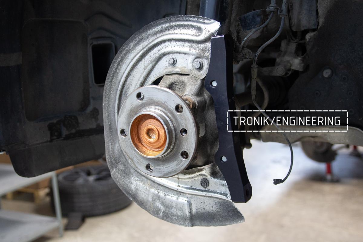 Комплект карбон-керамической тормозной системы BMW 240i F22. Фотография 4