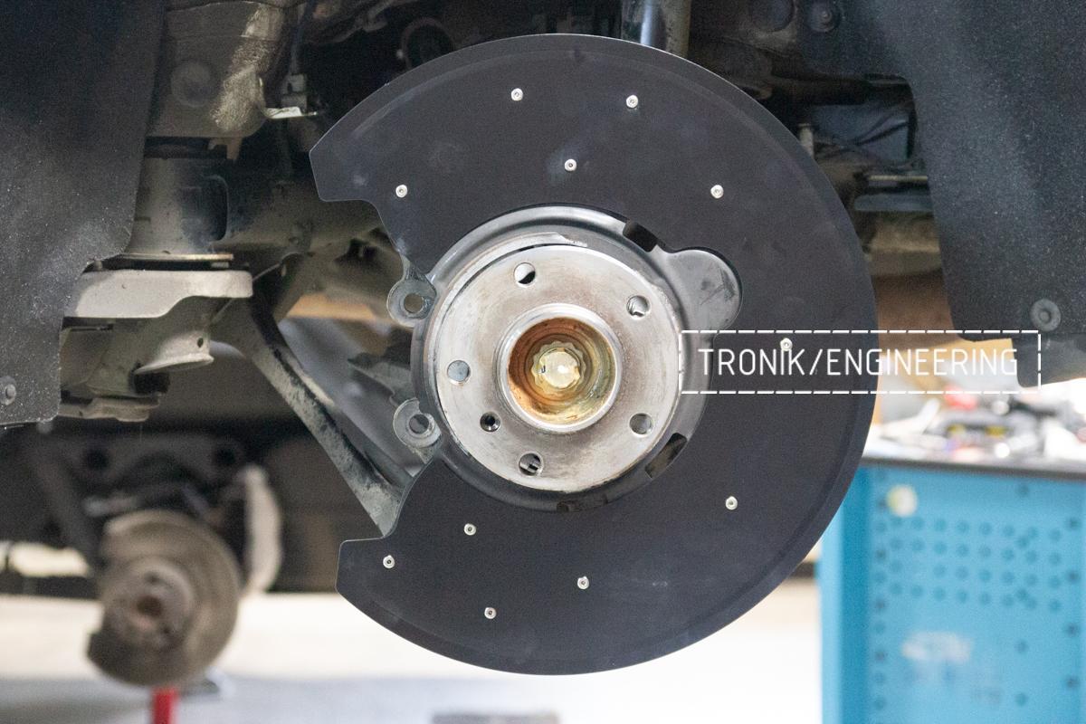 Комплект карбон-керамической тормозной системы BMW 240i F22. Фотография 5