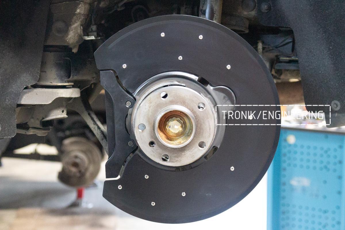 Комплект карбон-керамической тормозной системы BMW 240i F22. Фотография 6