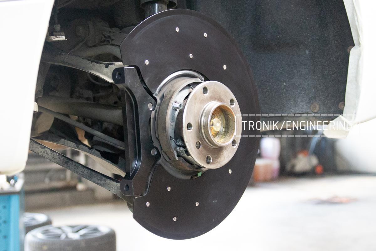 Комплект карбон-керамической тормозной системы BMW 240i F22. Фотография 7