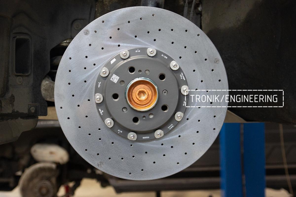 Комплект карбон-керамической тормозной системы BMW 240i F22. Фотография 8