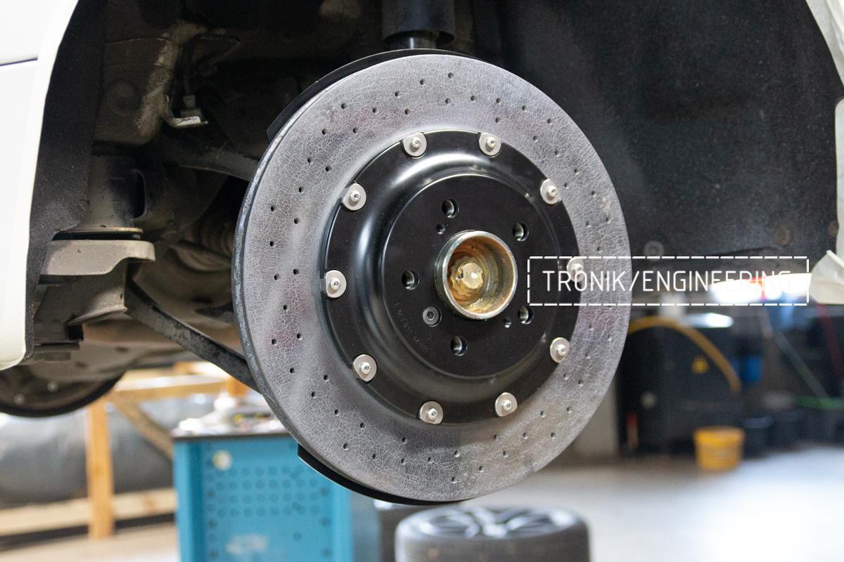 Комплект карбон-керамической тормозной системы BMW 240i F22. Фотография 10