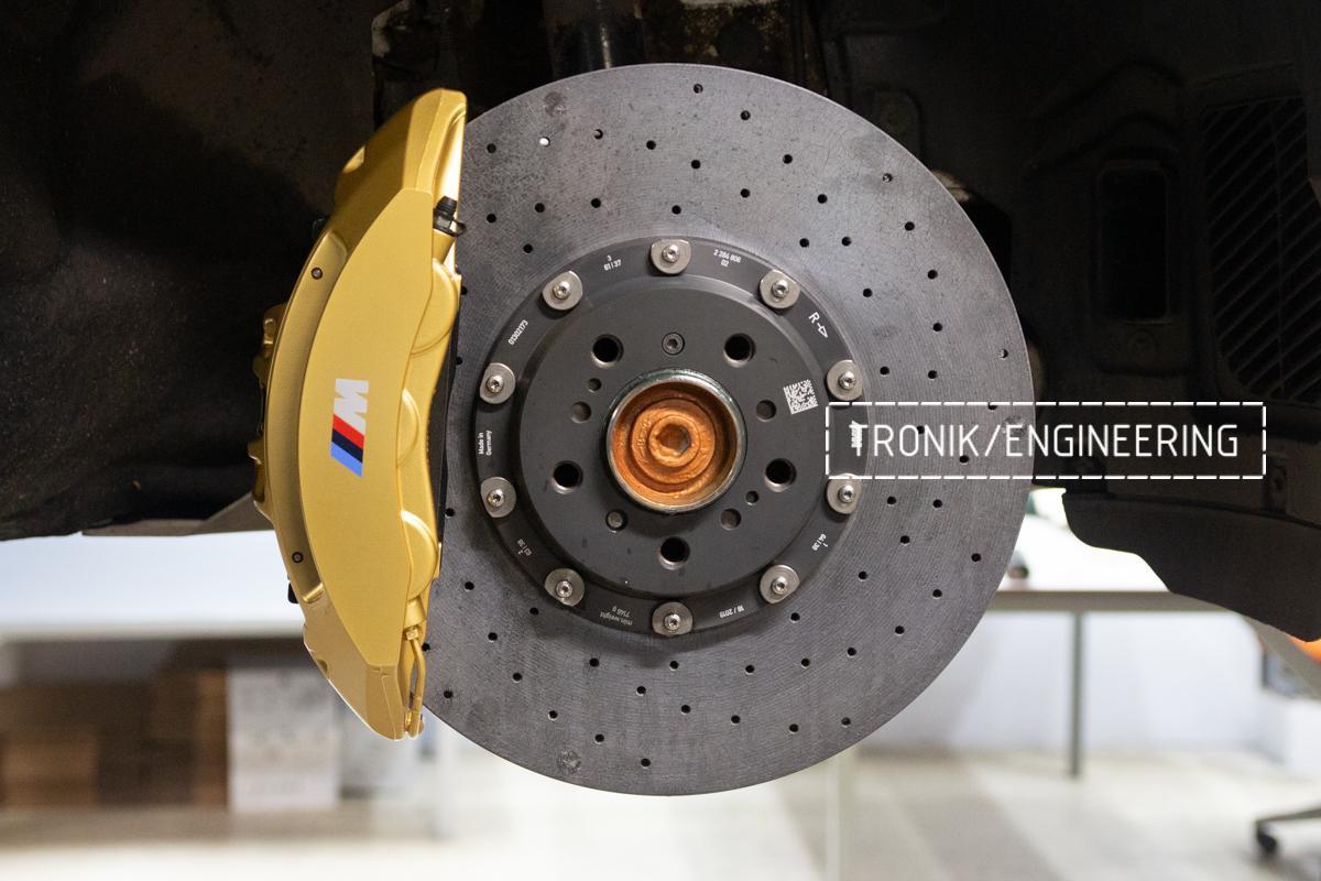 Комплект карбон-керамической тормозной системы BMW 240i F22. Фотография 12