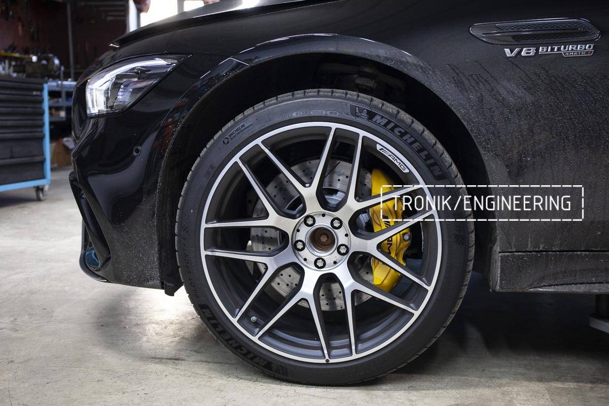 Карбон-керамическая тормозная система Mercedes-Benz AMG GT W290. Фотография 14