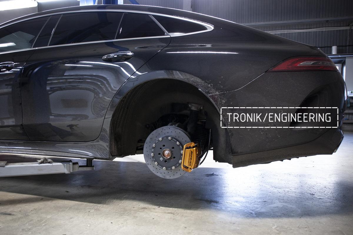 Карбон-керамическая тормозная система Mercedes-Benz AMG GT W290. Фотография 11