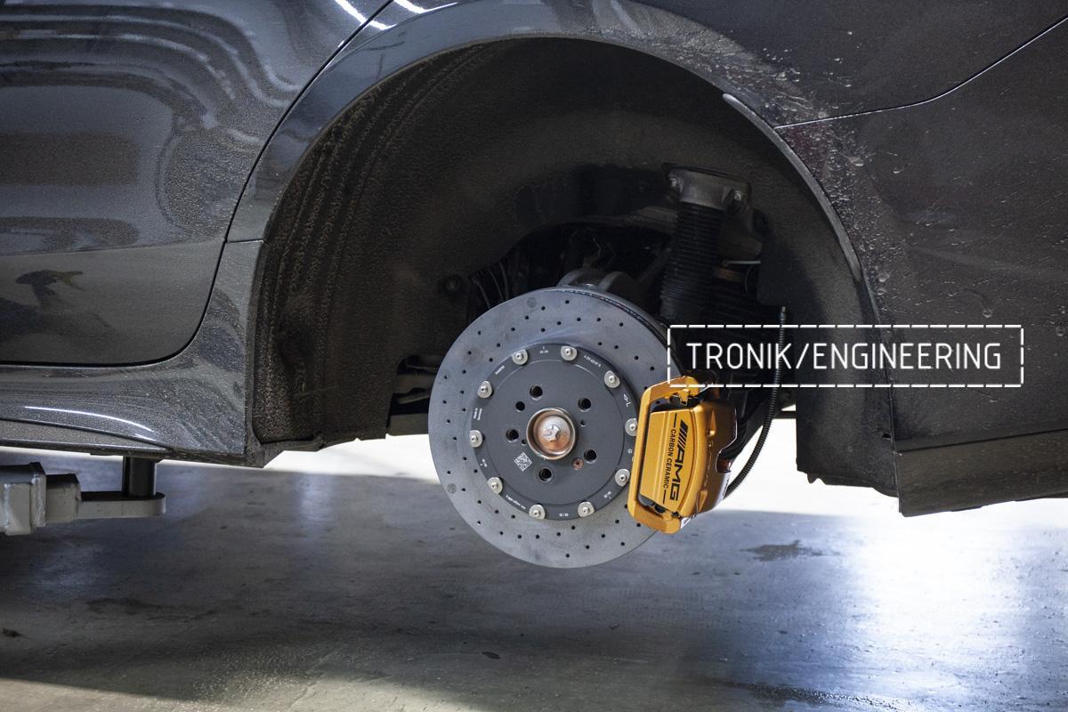 Карбон-керамическая тормозная система Mercedes-Benz AMG GT W290. Фотография 10