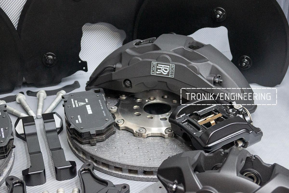 Rolls-Royce carbon-ceramic brakes. pic 6