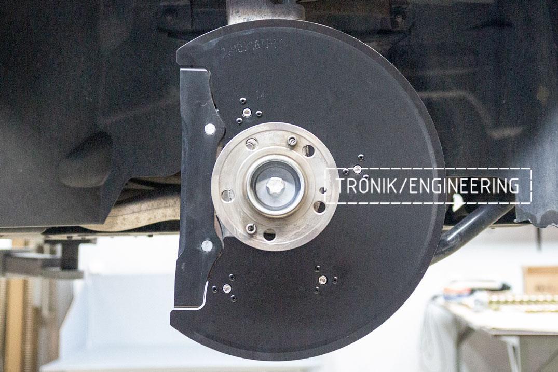Установка тормозной системы на Mercedes-Benz W167. фото 4