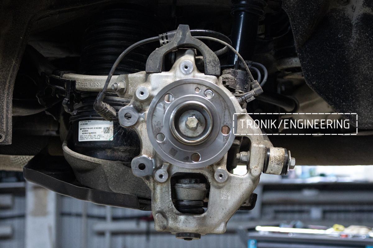 Задний кулак Mercedes-Benz W167. фото 2