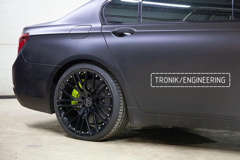 Карбон-керамические тормоза BMW 760 F02. фото 7