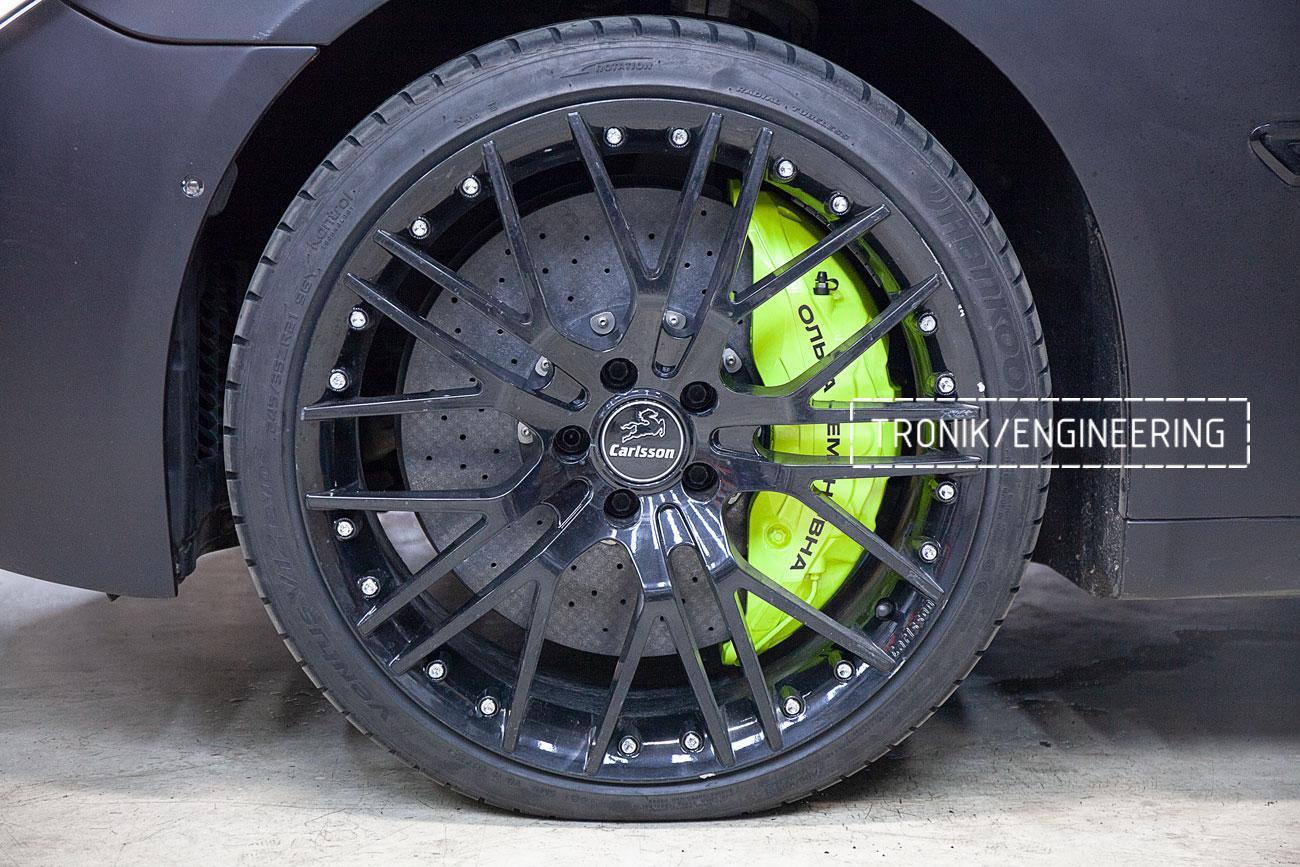 Карбон-керамические тормоза BMW 760 F02. фото 2